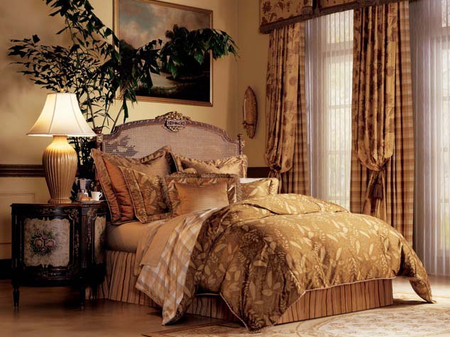 Carmel heirloom bedding IN
